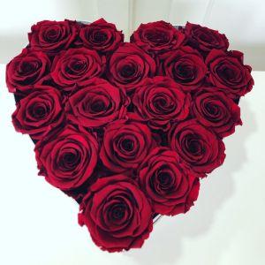 Aranjament cu trandafiri criogenizati