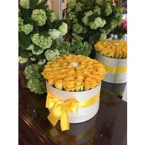 Cutie cu flori 1